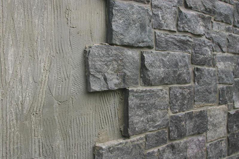 couvrir un mur en parpaing