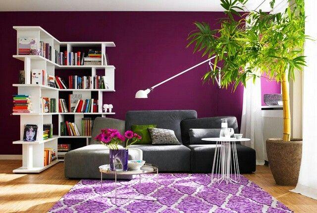 salon magenta violet